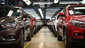 Продажи падают, авто дорожают – что будет с рынком до конца года?